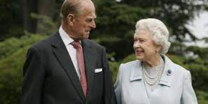 قصر باكينغهام يعلن وفاة الامير فيليب زوج الملكة اليزابيث