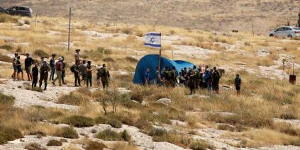 الجيش الإسرائيلي يقرر إزالة مستوطنة عشوائية