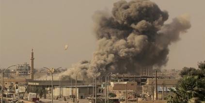 انفجار كبير قرب الرقة في مدينة الطبقة السورية