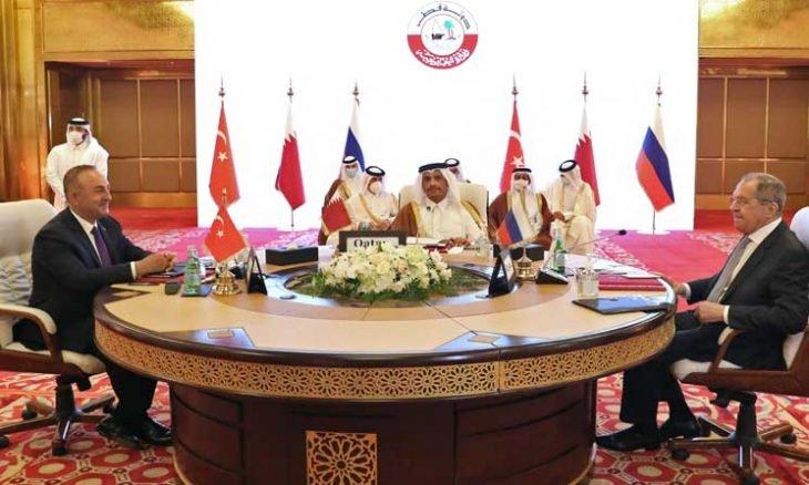 الاجتماع الثلاثي بين روسيا وتركيا وقطر في الدوحة (إنترنت)