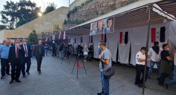 مركز انتخابي في لبنان
