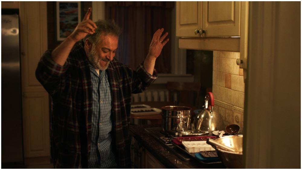 الفيلم يتناول قصة نجاح أسرة سورية لجأت الى كندا
